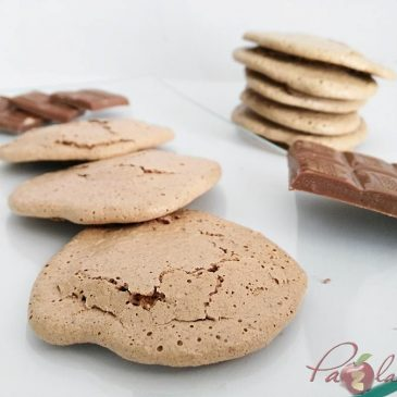 GALLETAS DE MERENGUE JAPONES CON CHOCOLATE PURO Y COCO con Thermomix