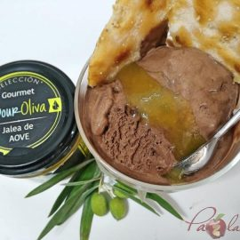 Helado cremoso de chocolate negro con jalea de aove 04 pazladeando