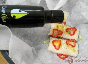 Lomos de merluza en papillote con pate de aceituna verde pasos 01