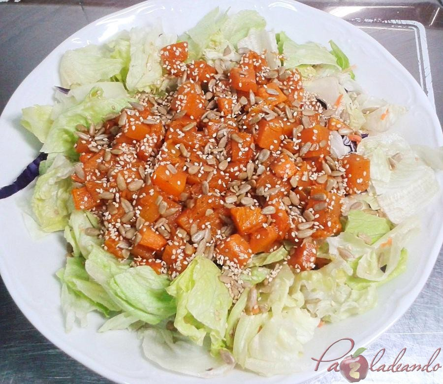 Ensalada de calabaza asada con semillas pazladeando 02