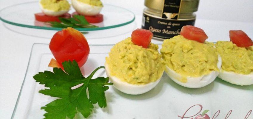 huevos rellenos de crema de queso manchego y aguacate pazladeando 01