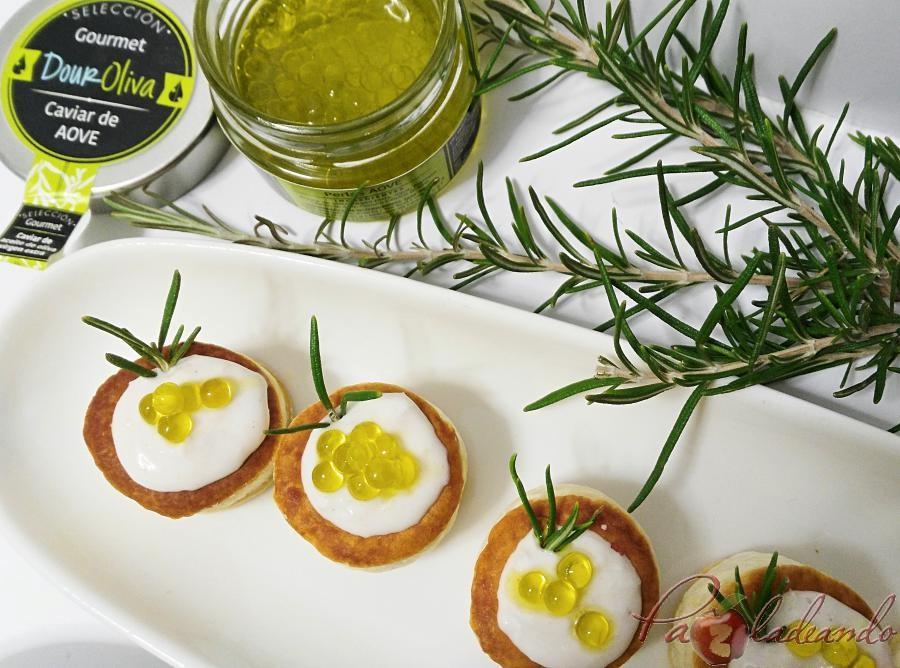 mini volovanes de tomate trufado con brandada de bacalao y caviar de aove pazladeando (3)
