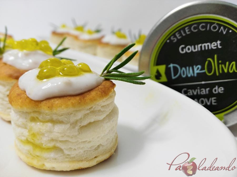 mini volovanes de tomate trufado con brandada de bacalao y caviar de aove pazladeando (5)