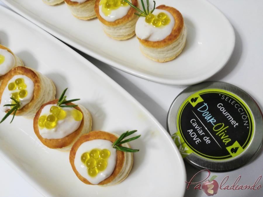 mini volovanes de tomate trufado con brandada de bacalao y caviar de aove pazladeando (6)