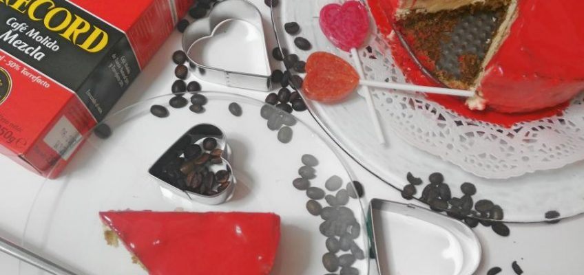TARTA HELADA DE TIRAMISÚ CON GANACHE DE CHOCOLATE CALIENTE (3)