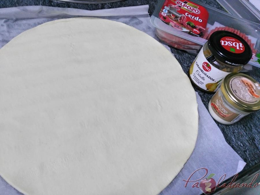 Paso a paso Hamburguesas en hojaldre con queso de cabra y cebolla caramelizada (1)