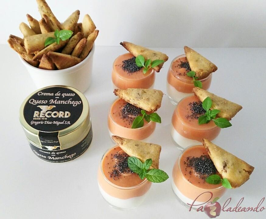 chupitos de crema de queso curado con salmorejo y sable crujiente de anchoa (4)