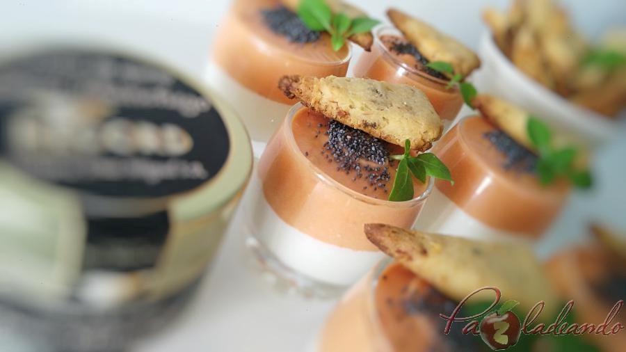chupitos de crema de queso curado con salmorejo y sable crujiente de anchoa (8)