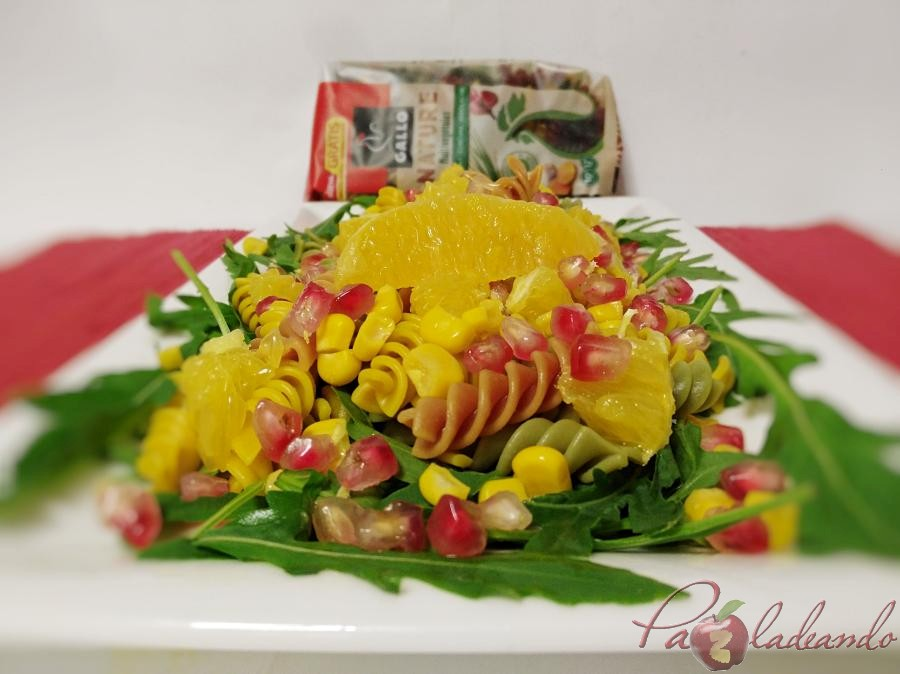 Ensalada antioxidante de pasta multi vegetales con fruta PaZladeando (1)