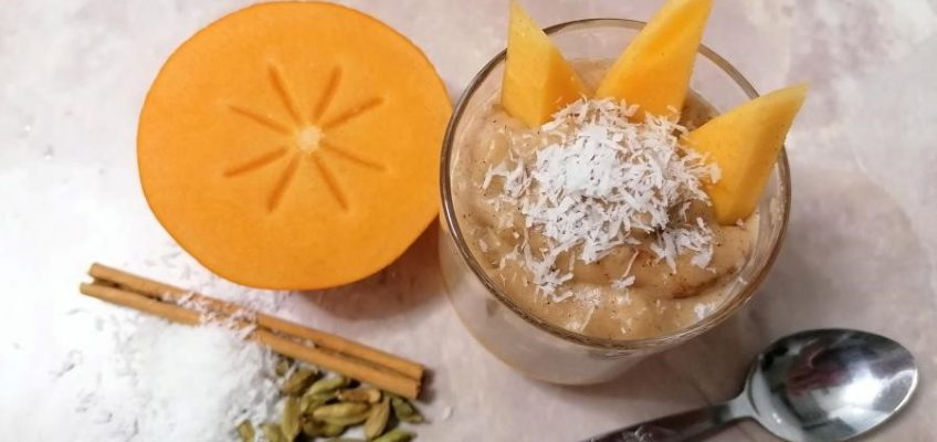 Arroz con leche de coco y fruta