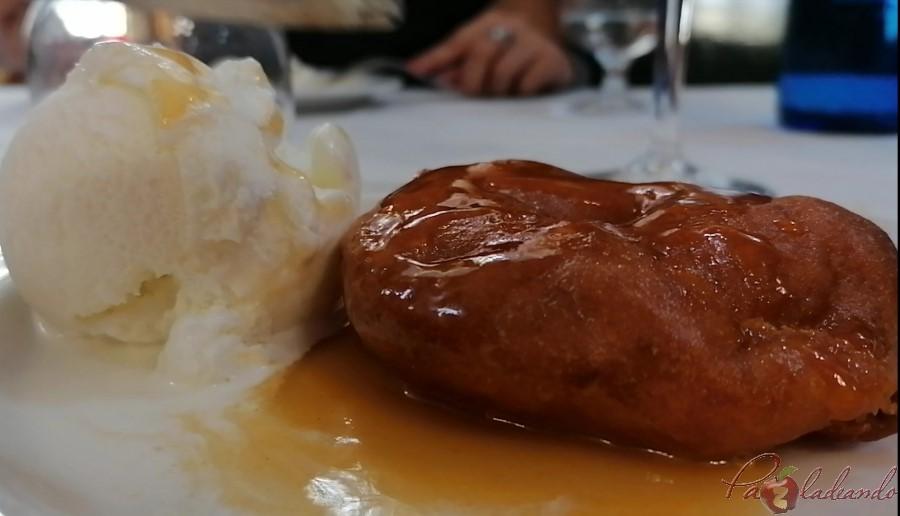 3. Buñuelo de manzana Taberna LA BOLA - PaZladeando (3)
