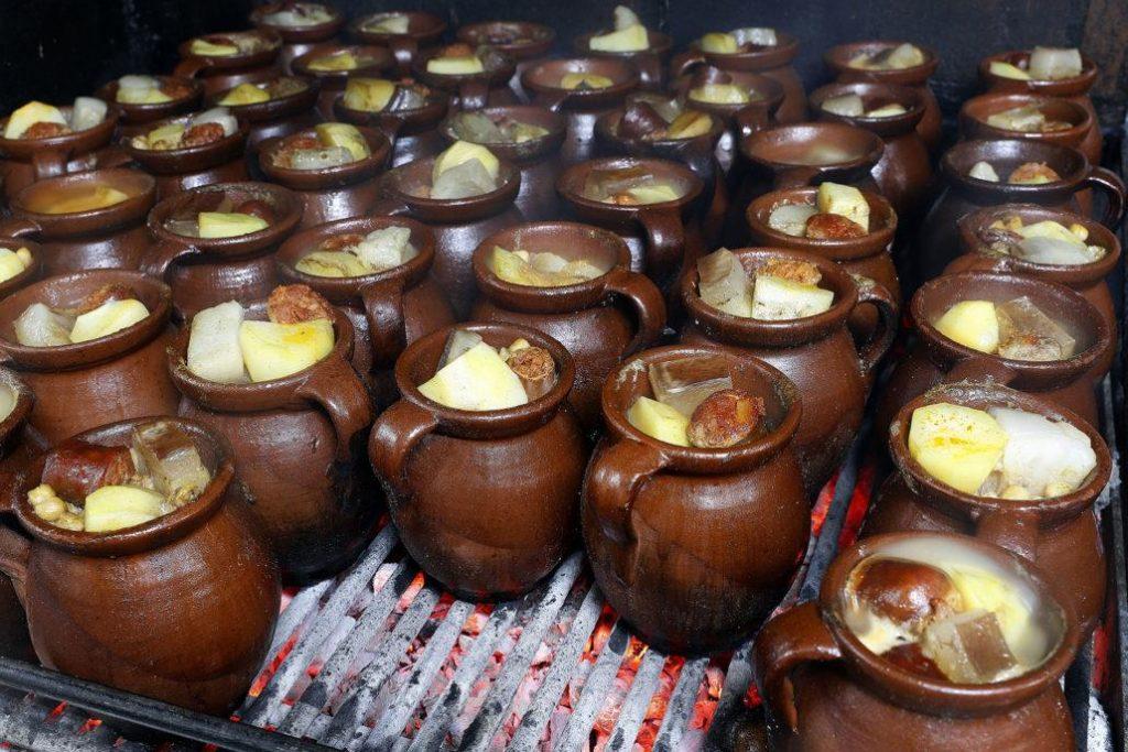 Taberna LA BOLA cocina 2